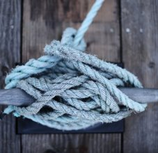 knot tied on dock